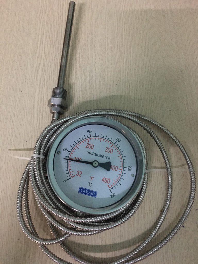 Đồng hồ đo nhiệt độ dây Yamaki 250oC