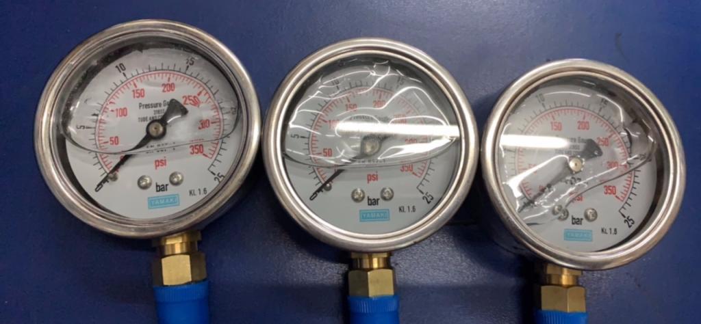 Đồng hồ áp suất Yamaki mặt 63mm