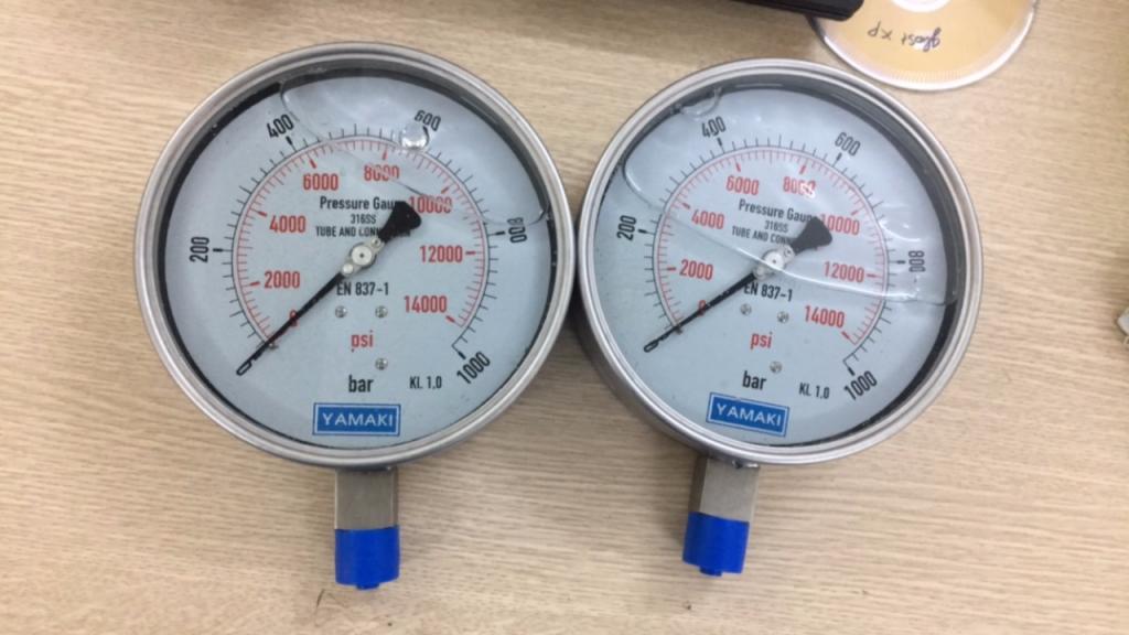 Đồng hồ áp suất Yamaki mặt 150mm