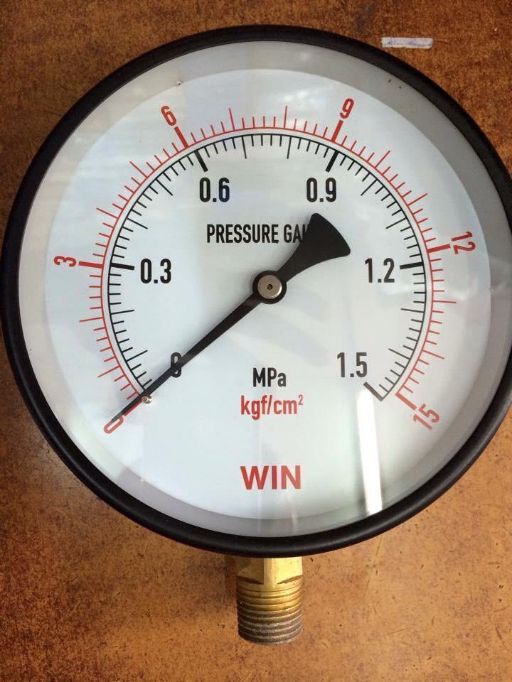 Đồng hồ đo áp suất giá rẻ Đài Loan
