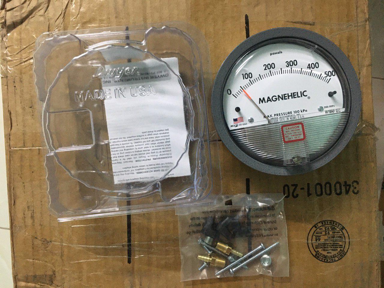 Đồng hồ chênh áp Dwyer 0-500Pa