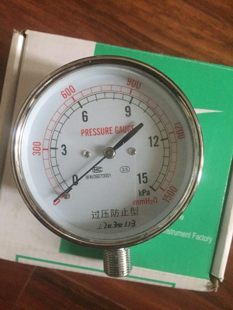 Đồng hồ áp suất thấp giá rẻ mặt 100mm